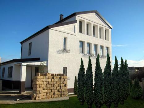 Продам дом с земельным участком в Севастополе фото
