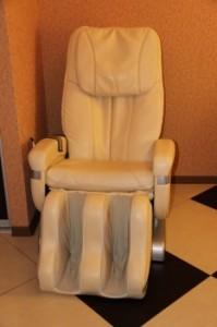 Фото массажного кресла