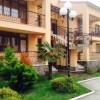 Фото объявления - Сдам в аренду трехкомнатные апартаменты в коттедже г. Сочи